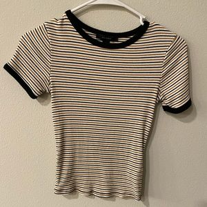 Stripped cropped short sleeve shirt